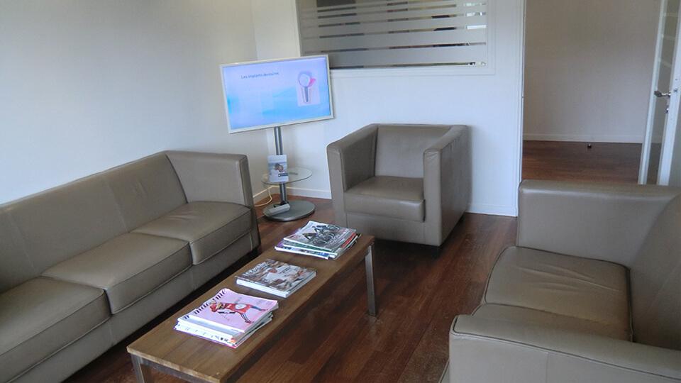 Salle d attente du cabinet – Dentiste Boulogne Billancourt